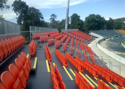 Demountable and semi-permanent grandstands